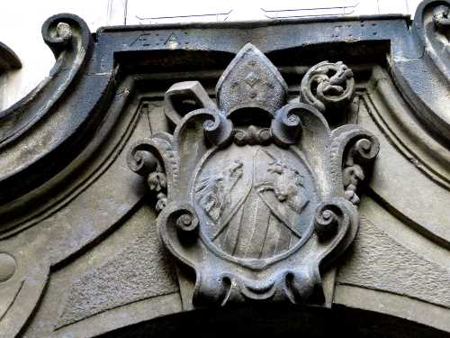 Masonic Symbols Are Hiding In Plain Sight Bohemian Magic