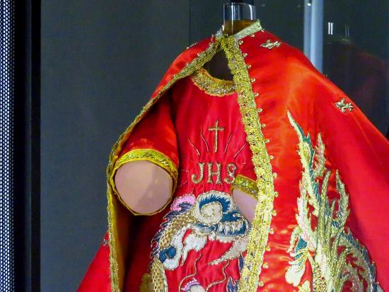 Infant of Prague outfit